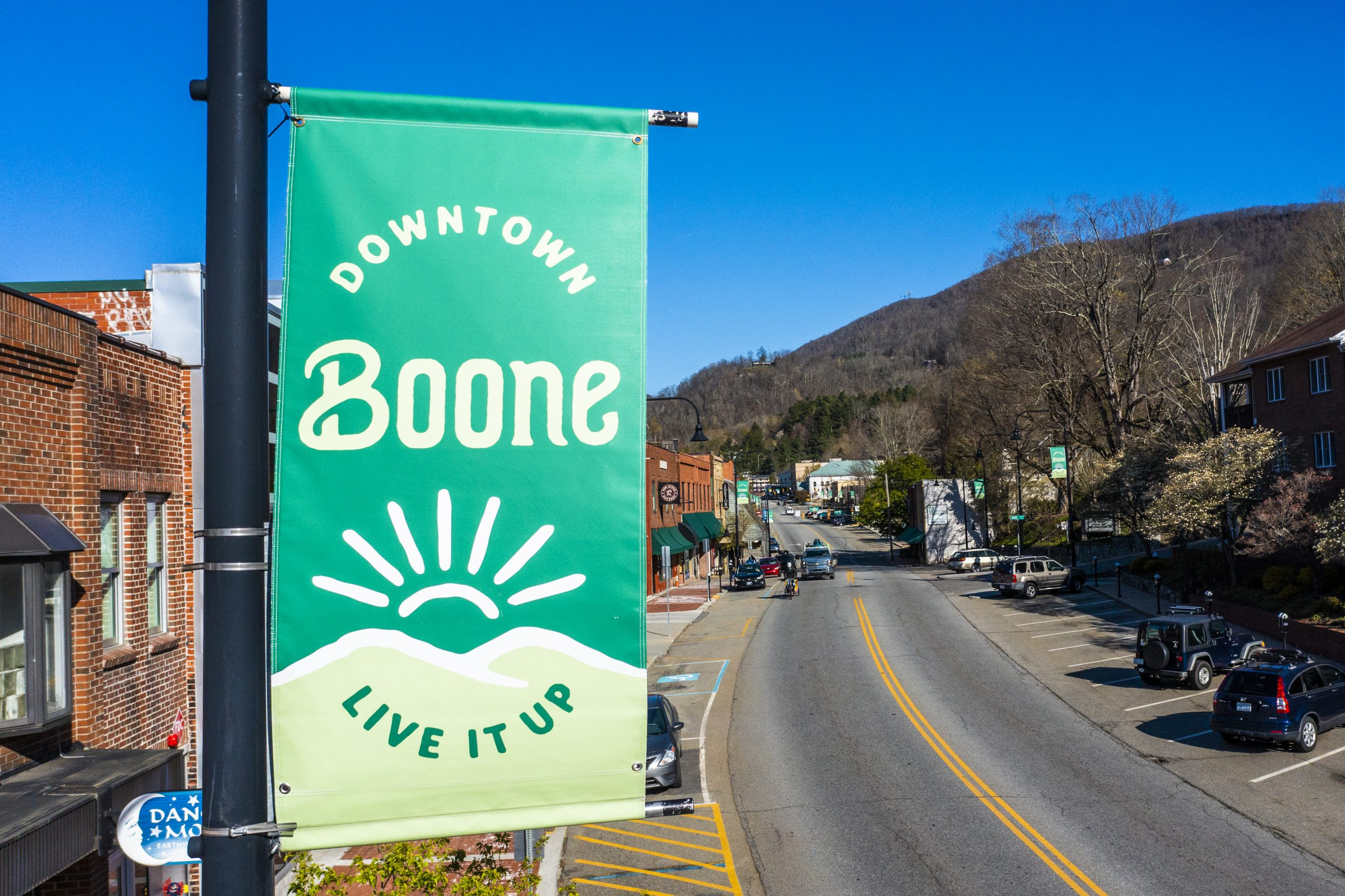 Boone Brand Light Post Banner