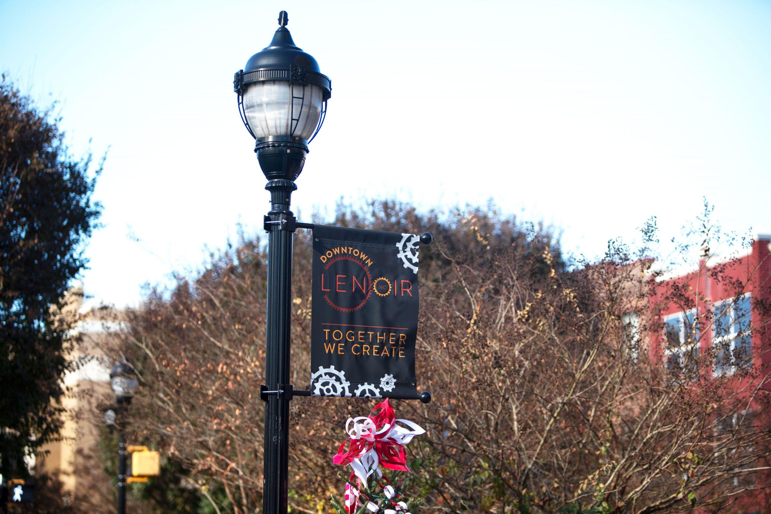 Lenoir light post banner